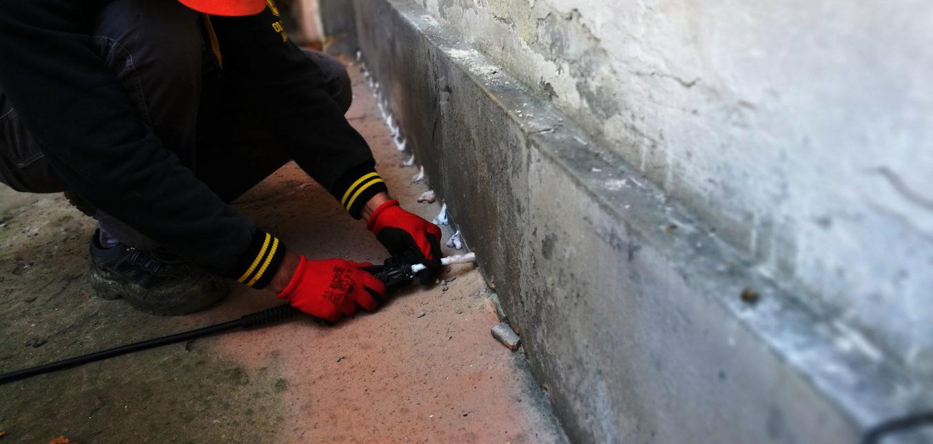 Izolacja pozioma i pionowa ścian fundamentowych - Grodzka 3